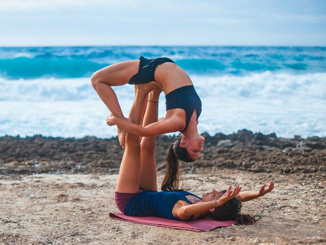 Acro Yoga sardinia