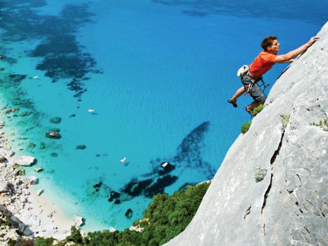 Free climbing sardinia